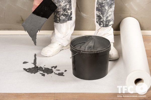 Thảm bảo vệ sàn cao cấp trước khi xây trát